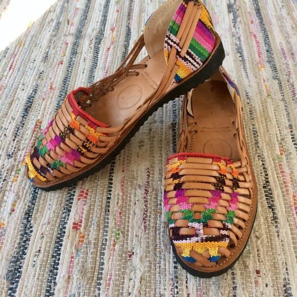 b4518311b11fd i.x. style Shoes - 8 i.x. Woven Leather Huarache Shoe Final Price!